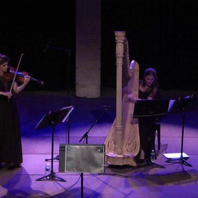 Oyfn Pripetchik – Isabelle Durin, violin & Agnès Peytour, harpe