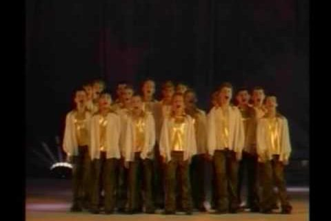 Oyfn Pripetchik – The Pirchei Russia Choir