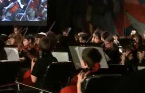 Hava Naguila interpretado por la Orquesta Kol Shalom de la comunidad judía de México