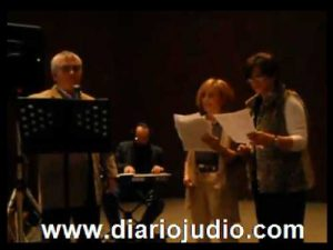"""Canciones para Januke en """"Idish Zuntik In Yiddish"""""""