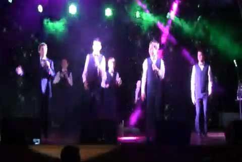 """""""Parchis"""", """"La Bamba"""", """"Cielito Lindo"""": Kinderlach canta a México en la Yavne"""