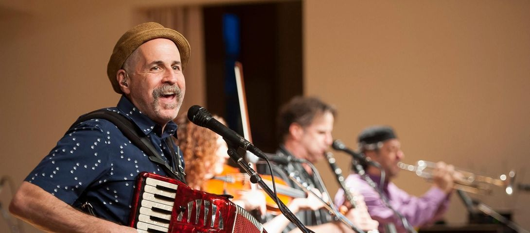 Why are Yiddish Songs So Popular Now?