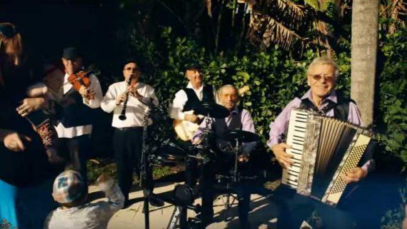 BELZ – Lipa feat. the Holocaust Survivor Band
