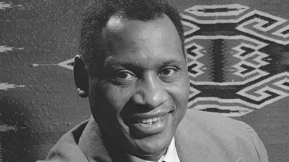 Paul Robeson sang in Yiddish